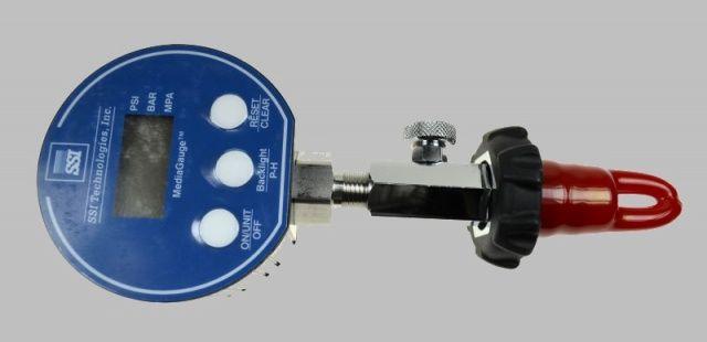 Zkušební digitální tlakoměr 200-400bar NTEC